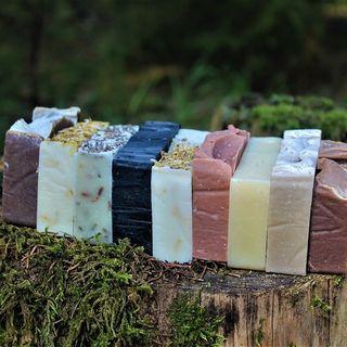 Krásné úterní ráno :) Snad vás to počasí neodfouklo. #mydlarna#mydlo#prirodnimydlo#ekomydlo#ekokosmetika#rucnivyroba#jdetoibezchemie#handmade#soap#natural